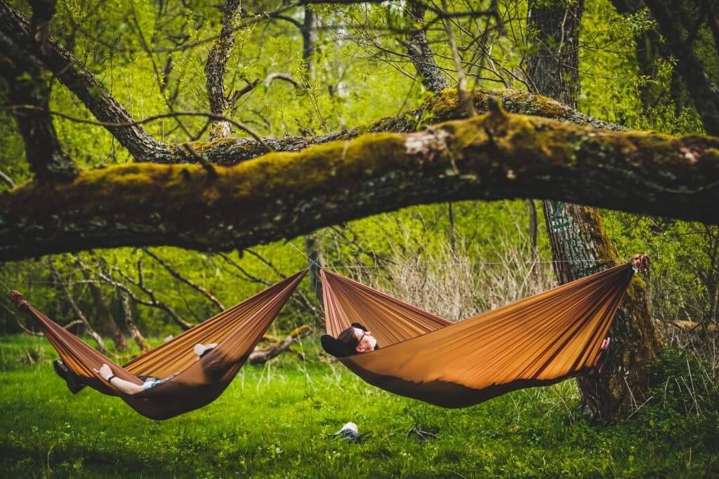 Spaní v diagonální poloze s pomocí SMUK Ridgeline