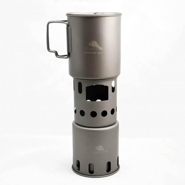 TOAKS ultralehký titanový vařič dřívkáč s Hrncem TOAKS 750ml (není součástí balení)